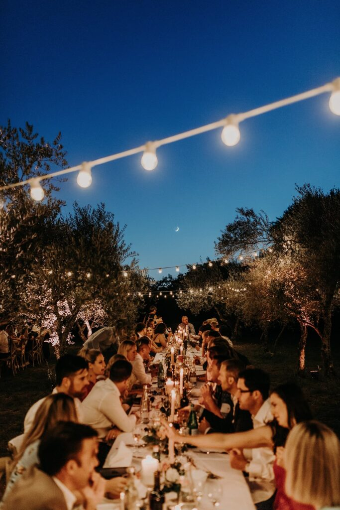 provence wedding planner - wedding dinner-sea bride and sun wedding planner-domaine du rey-yoris mariage en provence